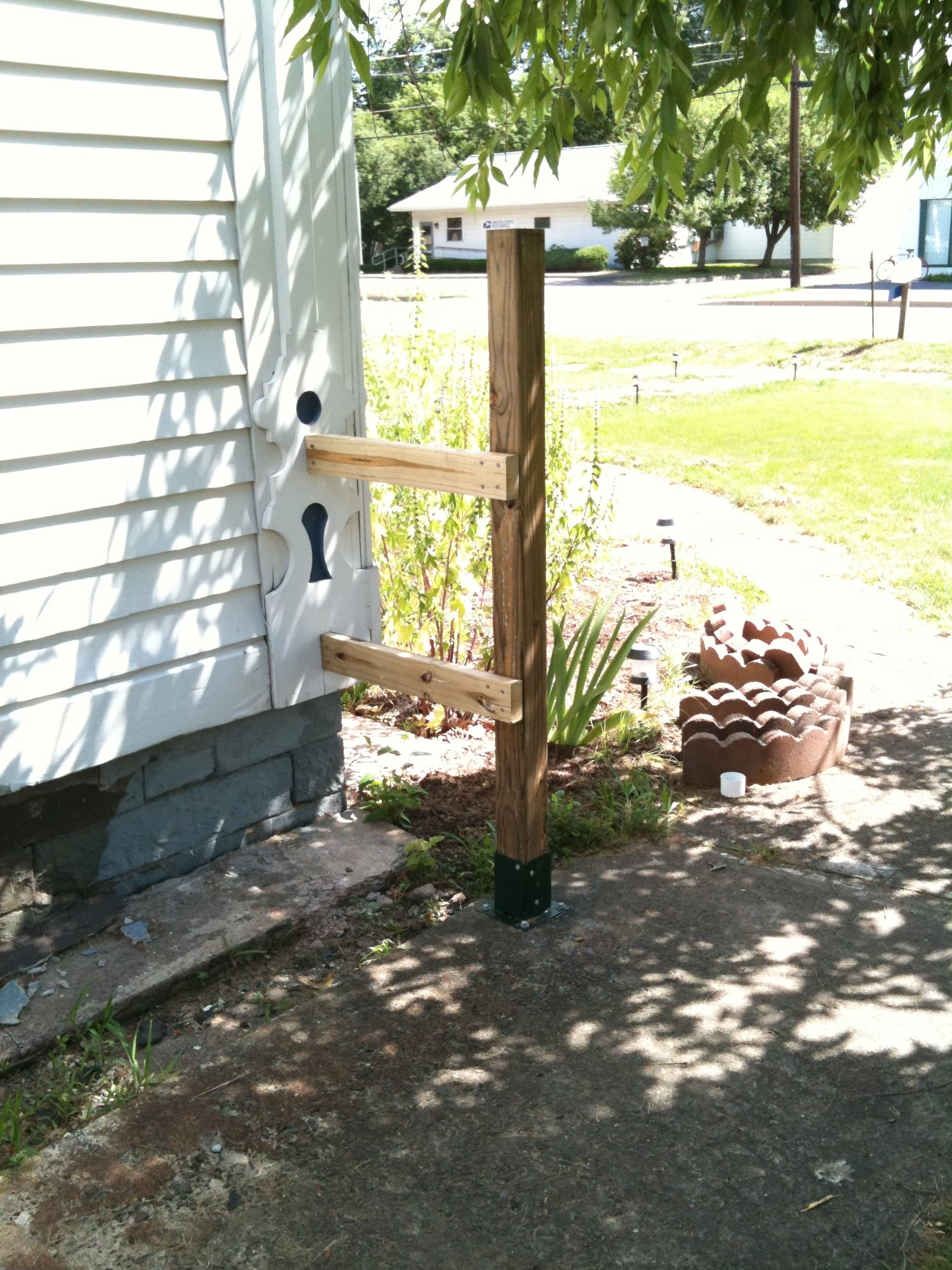 Photo of the built fence post.